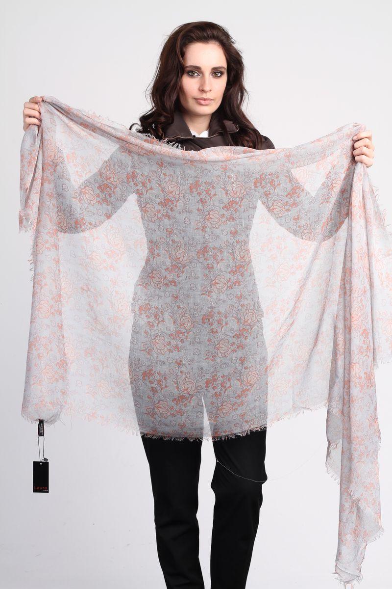 ПалантинSC-4265-2Стильный женский палантин Laura Milano станет великолепным завершением любого наряда. Палантин изготовлен из вискозы с добавлением шелка и оформлен цветочным принтом. По краю модель дополнена неширокой бахромой. Изящный палантин поможет вам создать изысканный женственный образ, а также согреет в непогоду.