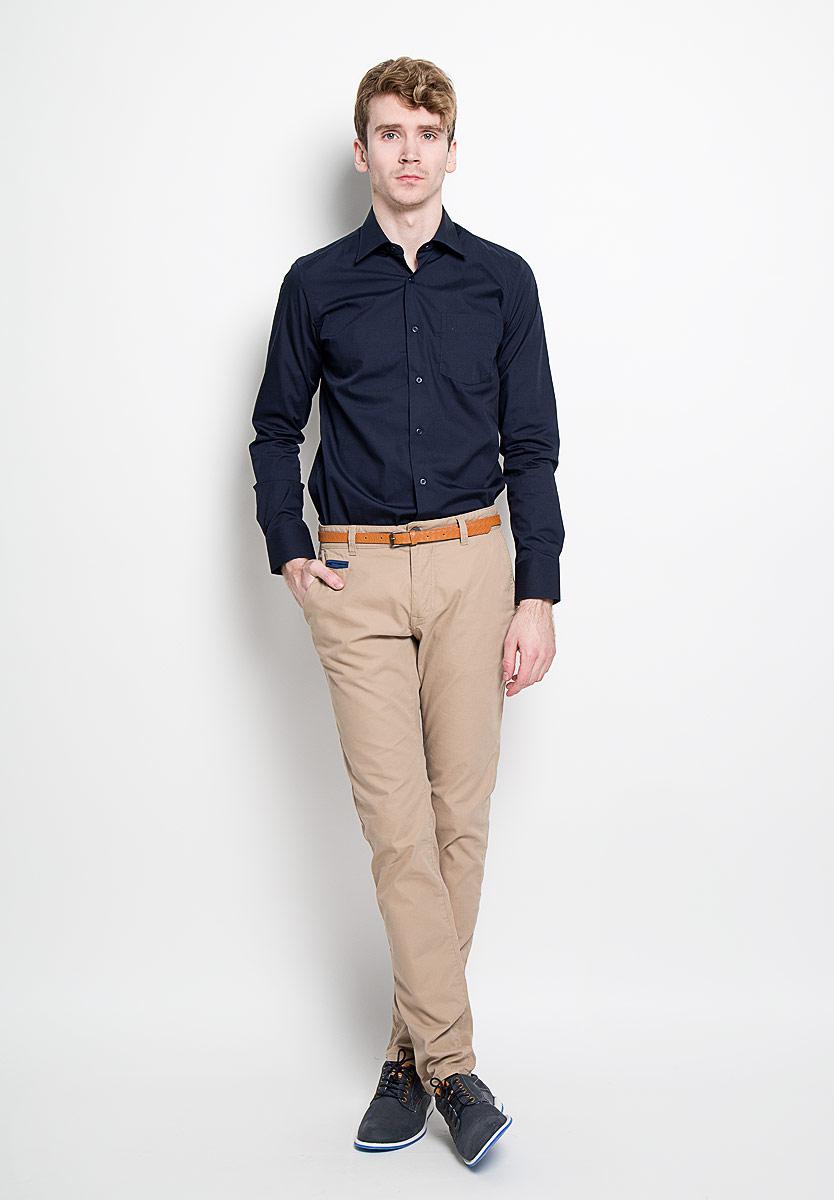 РубашкаSW 48-01Мужская рубашка KarFlorens, изготовленная из высококачественного хлопка с добавлением микрофибры, необычайно мягкая и приятная на ощупь, она не сковывает движения и позволяет коже дышать, обеспечивая комфорт. Модель с классическим отложным воротником, длинными рукавами и полукруглым низом, застегивается на пластиковые пуговицы. Манжеты со срезанными уголками и застежкой на пуговицы. Ширину манжет можно варьировать благодаря дополнительной пуговице. Пуговицы декорированы логотипом KarFlorens. На груди расположен накладной карман. Эта рубашка - идеальный вариант для повседневного гардероба. Такая модель порадует настоящих ценителей комфорта и практичности!