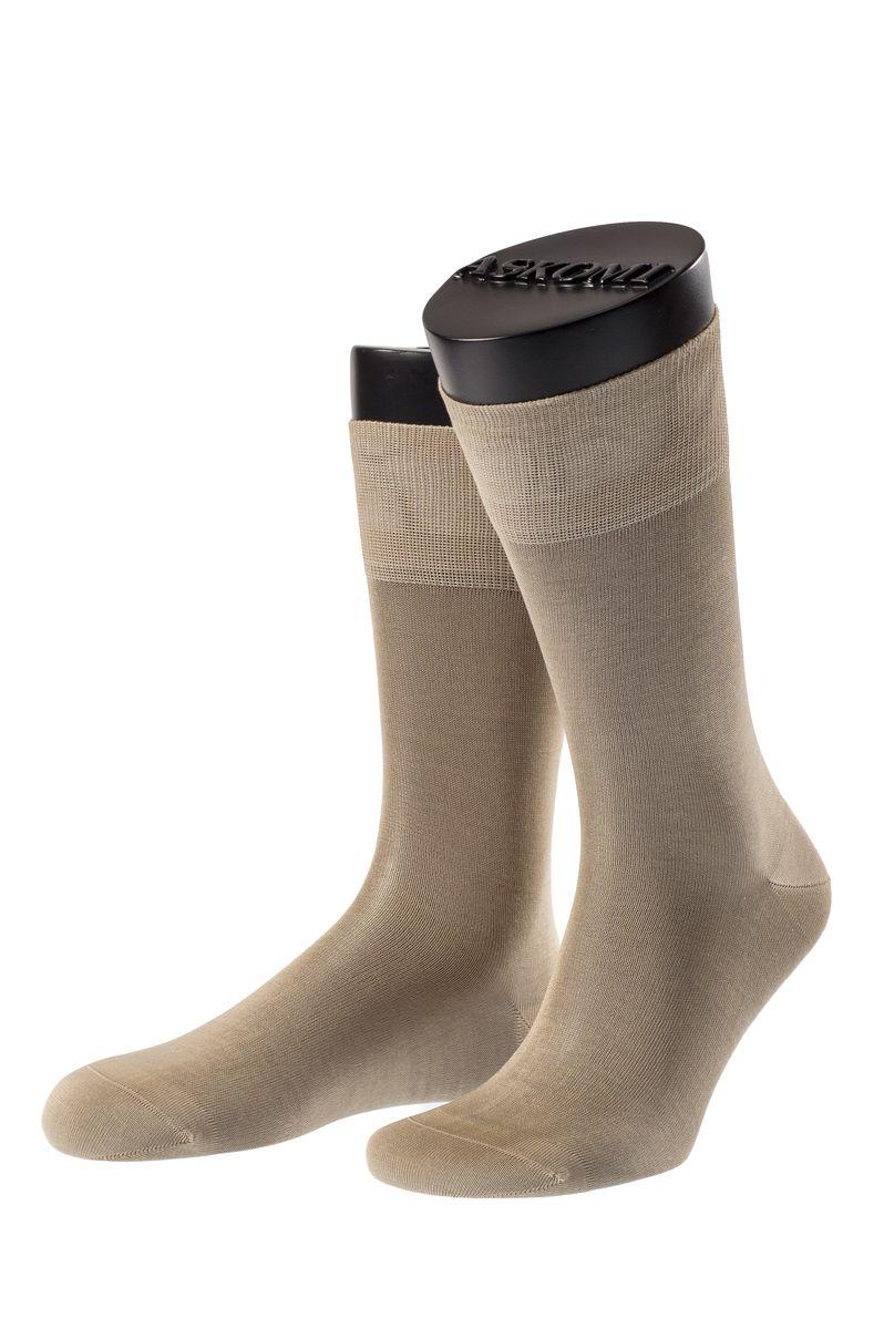 Носки мужские Askomi Classic, цвет: бежевый. АМ-7100_2207. Размер 25 (39-40)АМ-7100_2207Мужские носки Askomi для повседневной носки выполнены из мерсеризованного хлопка. Такой хлопок придает носкам блеск, эластичность и шелковистость. Использована двойная тонкая нить, благодаря чему носок приобретает эластичность без добавления синтетических нитей. Носок и пятка укреплены, что значительно увеличивает износостойкость носков. Двойной борт для плотной фиксации не пережимает сосуды. Кеттельный шов не ощутим для ноги.