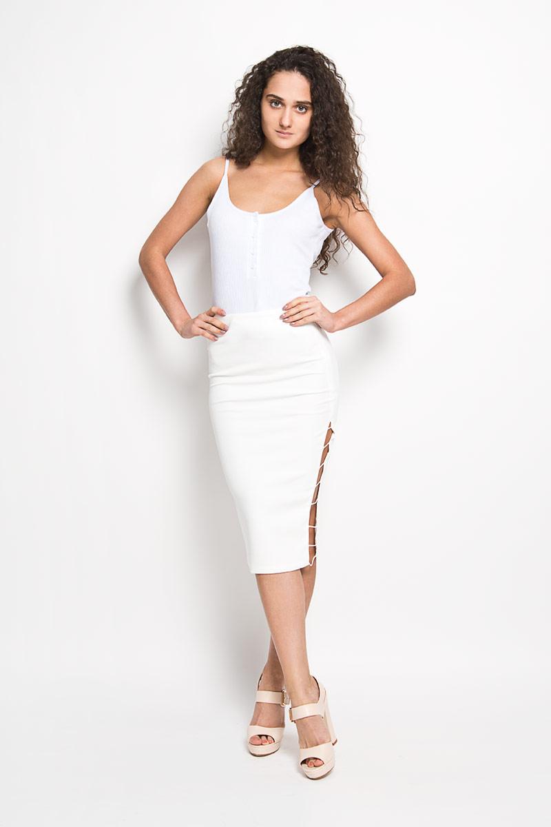 Юбка Glamorous, цвет: белый. KA5128. Размер M (46)KA5128Эффектная юбка Glamorous выполнена из высококачественного эластичного полиэстера, она обеспечит вам комфорт и удобство при носке.Модель с пришивным поясом застегивается на молнию сбоку. Юбка дополнена декоративными вырезами по бокам. Модная юбка-карандаш выгодно освежит и разнообразит ваш гардероб. Создайте женственный образ и подчеркните свою яркую индивидуальность! Классический фасон и оригинальное оформление этой юбки сделают ваш образ непревзойденным.