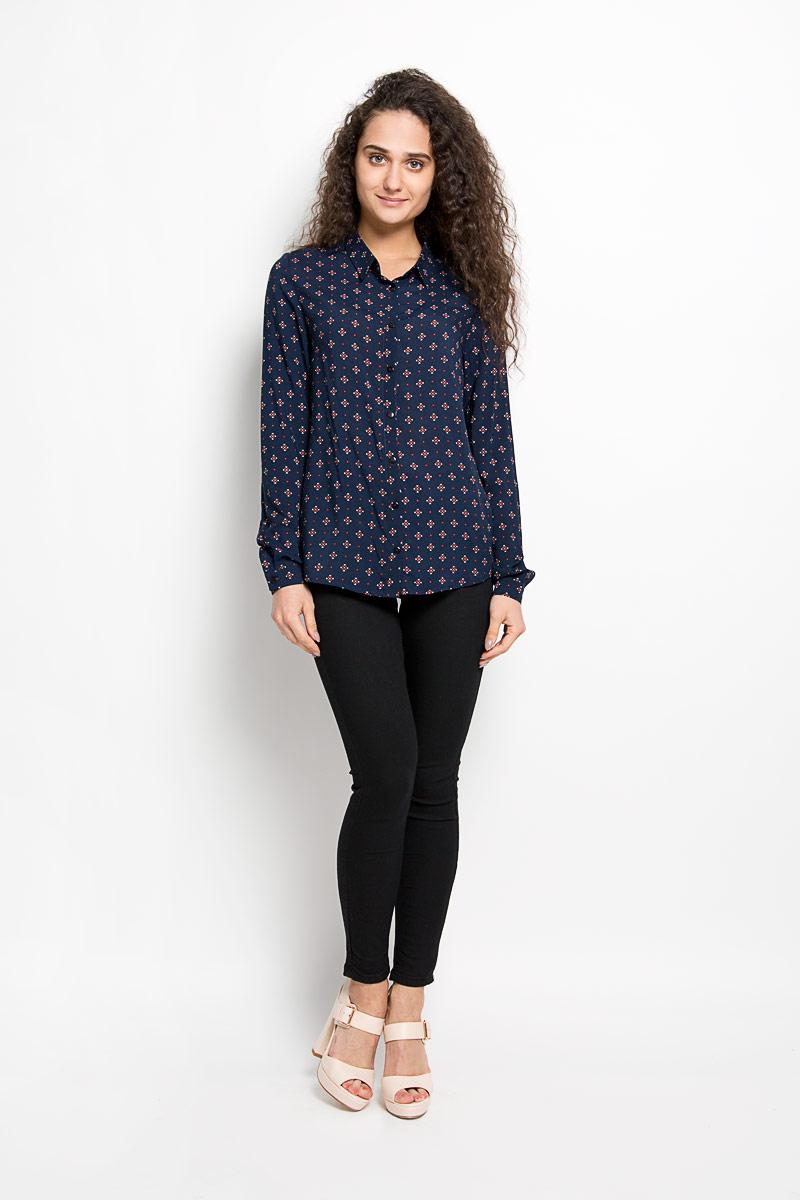 Блузка160205_17315Стильная женская блузка F5, выполненная из 100% вискозы, подчеркнет ваш уникальный стиль и поможет создать женственный образ. Модель с длинными рукавами и отложным воротником застегивается на пуговицы по всей длине. Низ рукавов обработан манжетами, которые также застегиваются н пуговицы.Блуза оформлена оригинальным орнаментом Такая блузка будет дарить вам комфорт в течение всего дня и послужит замечательным дополнением к вашему гардеробу.