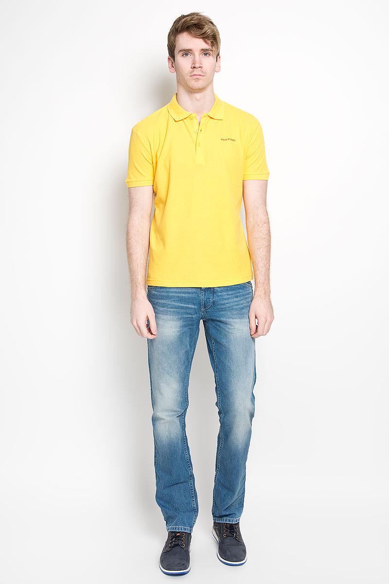 Поло мужское Finn Flare, цвет: желтый. S16-21028. Размер M (48)S16-21028Мужская футболка-поло Finn Flare, изготовленная из натурального хлопка, обладает высокой теплопроводностью, воздухопроницаемостью и гигроскопичностью, позволяет коже дышать.Модель с короткими рукавами и отложным воротником - идеальный вариант для создания оригинального современного образа. Сверху футболка-поло застегивается на 3 пуговицы. Низ рукавов и воротник модели выполнены резинкой. На груди изделие оформлено термоаппликацией в виде названия бренда.Такая модель подарит вам комфорт в течение всего дня и послужит замечательным дополнением к вашему гардеробу.