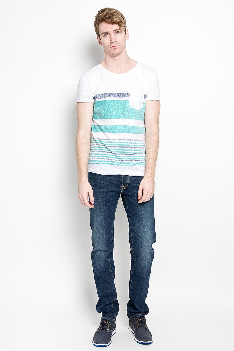 Футболка1034724.01.12_6748Стильная мужская футболка Tom Tailor Denim, выполненная из высококачественного 100% хлопка, обладает высокой воздухопроницаемостью и гигроскопичностью, позволяет коже дышать. Такая футболка великолепно подойдет как для повседневной носки, так и для спортивных занятий. Модель с короткими рукавами и круглым вырезом горловины станет идеальным вариантом для создания модного современного образа. На груди изделие дополнено накладным карманом. Такая модель подарит вам комфорт в течение всего дня и послужит замечательным дополнением к вашему гардеробу.