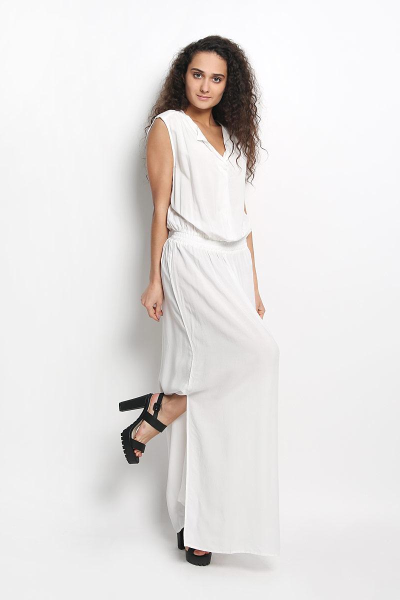 Платье Broadway Gavena, цвет: белый. 10156350 001. Размер L (48)10156350 001Оригинальное платье Broadway Gavena станет ярким и стильным дополнением к вашему гардеробу. Изделие выполнено из 100% вискозы, приятное к телу, не сковывает движения и хорошо вентилируется.Модель с круглым вырезом горловины и без рукавов. Платье спереди дополнено небольшим разрезом по линии горловины. На талии модель собрана на широкую резинку. По бокам - разрезы. Это эффектное платье поможет создать привлекательный женственный образ.