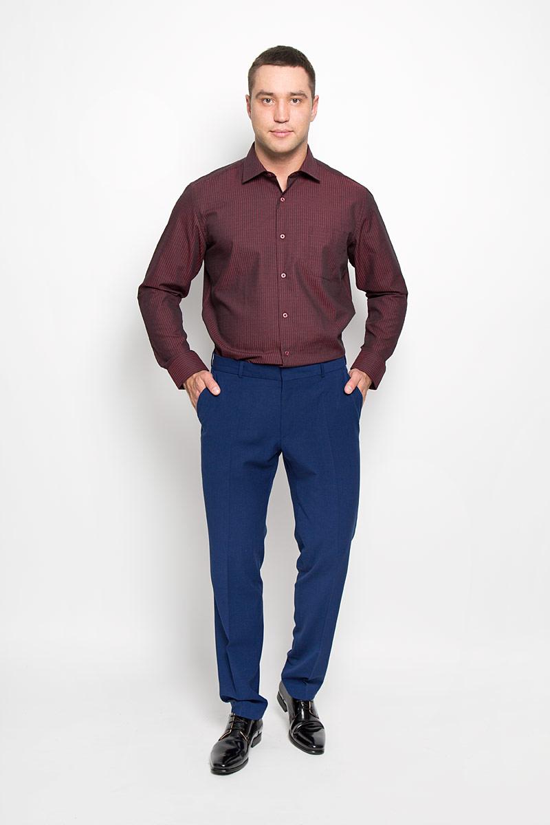 Рубашка мужская KarFlorens, цвет: темно-бордовый, черный. SW 72-04. Размер 47/48 (58-182)SW 72-04Стильная мужская рубашка KarFlorens, выполненная из хлопка с добавлением микрофибры, подчеркнет ваш уникальный стиль и поможет создать оригинальный образ. Такой материал великолепно пропускает воздух, обеспечивая необходимую вентиляцию, а также обладает высокой гигроскопичностью.Рубашка с длинными рукавами и отложным воротником застегивается на пуговицы спереди. Рукава рубашки дополнены манжетами, которые также застегиваются на пуговицы. Модель оформлена узором в узкую полоску и дополнена накладным нагрудным карманом. Классическая рубашка - превосходный вариант для базового мужского гардероба.Такая рубашка будет дарить вам комфорт в течение всего дня и послужит замечательным дополнением к вашему гардеробу.