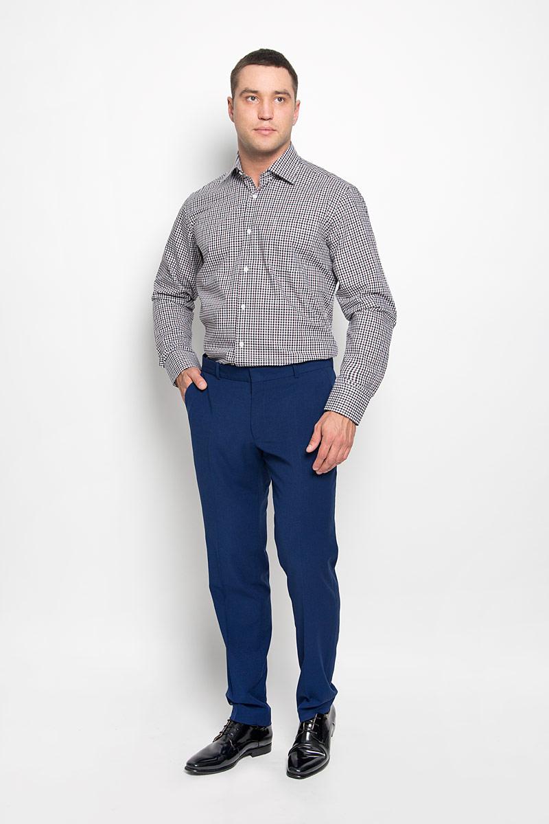 Рубашка мужская KarFlorens, цвет: коричневый, черный, белый. SW 88-06. Размер 45/46 (56-176)SW 88-06Стильная мужская рубашка KarFlorens, выполненная из натурального хлопка, подчеркнет ваш уникальный стиль и поможет создать оригинальный образ. Такой материал великолепно пропускает воздух, обеспечивая необходимую вентиляцию, а также обладает высокой гигроскопичностью. Рубашка с длинными рукавами и отложным воротником застегивается на пуговицы спереди. Рукава рубашки дополнены манжетами, которые также застегиваются на пуговицы. Модель оформлена актуальным узором в мелкую клетку и дополнена накладным нагрудным карманом. Классическая рубашка - превосходный вариант для базового мужского гардероба и отличное решение на каждый день.Такая рубашка будет дарить вам комфорт в течение всего дня и послужит замечательным дополнением к вашему гардеробу.