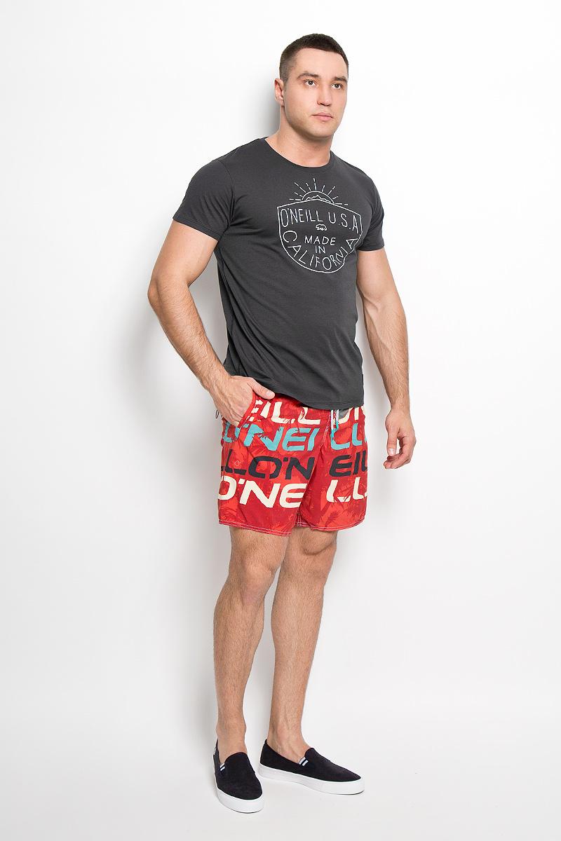 Футболка602332-5035Стильная мужская футболка ONeill, выполненная из высококачественного хлопка с добавлением полиэстера, обладает высокой воздухопроницаемостью и гигроскопичностью, позволяет коже дышать. Такая футболка великолепно подойдет как для повседневной носки, так и для спортивных занятий. Модель с короткими рукавами и круглым вырезом горловины - идеальный вариант для создания модного современного образа. Футболка оформлена принтом с надписью ONeill U.S.A. Made in California. Такая модель подарит вам комфорт в течение всего дня и послужит замечательным дополнением к вашему гардеробу.