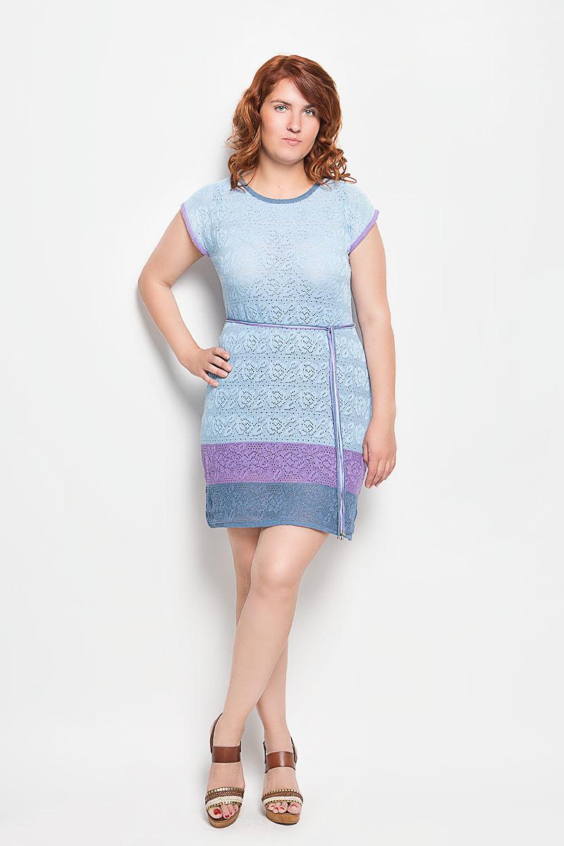 Платьеw32Платье Milana Style поможет создать оригинальный женственный образ. Благодаря составу, в который входит хлопок и ПАН, платье легкое, очень приятное на ощупь, не сковывает движений, хорошо вентилируется. Модель с круглым вырезом горловины и короткими рукавами оформлена вязаным узором. На талии платье дополнено поясом, состоящим из трех разноцветных шнурков с металлической фурнитурой. Такое платье станет отличным дополнением к вашему гардеробу!