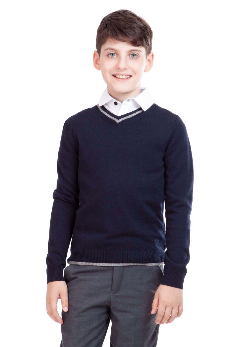 Джемпер21501BSC3401Уютный вязаный джемпер для школы выглядит красиво и достойно. А в прохладные дни он будет просто незаменим! Сложный состав пряжи делает школьный джемпер для мальчика мягким, приятным, комфортным в носке. В отделке джемпера контрастные налокотники, пластрон из орнаментальной ткани и небольшая вышивка с монограммой GSC (Gulliver School Collection).