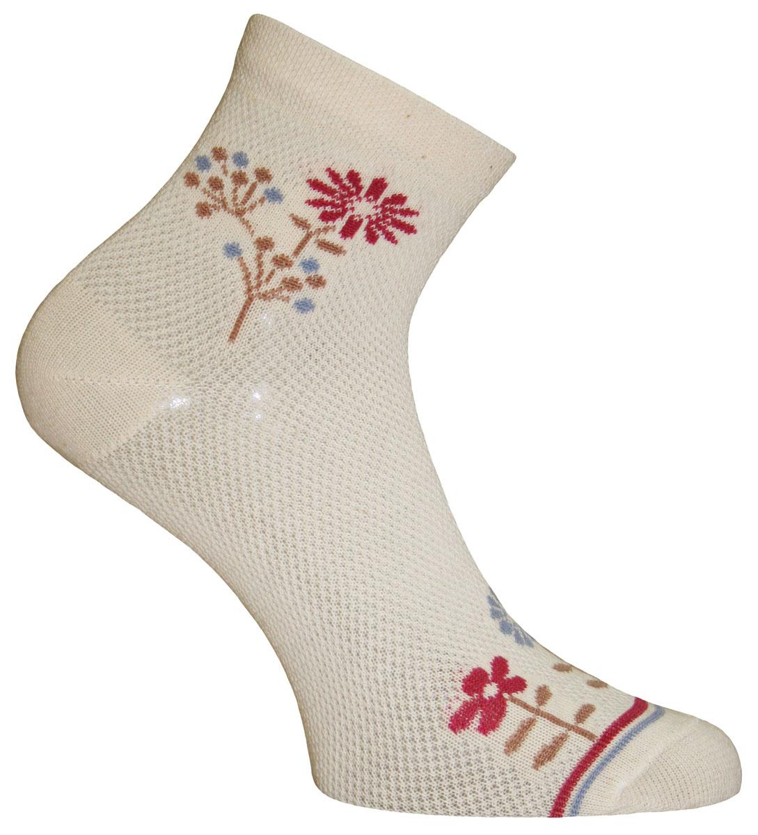 Носки женские Master Socks, цвет: бежевый, красный, коричневый. 55011. Размер 2555011Удобные носки Master Socks, изготовленные из высококачественного комбинированного материала, очень мягкие и приятные на ощупь, позволяют коже дышать. Эластичная резинка плотно облегает ногу, не сдавливая ее, обеспечивая комфорт и удобство. Носки с паголенком классической длины оформленыоригинальным принтом в нижней и верхней частях носка. Практичные и комфортные носки великолепно подойдут к любой вашей обуви.