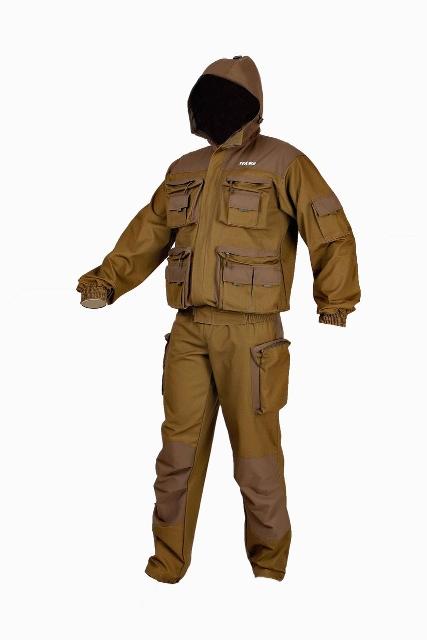Костюм рыболовныйТоджа-флис (0055)Костюм Тоджа флис - летний мужской костюм, состоящий из куртки и полукомбинезона. Комплект изготавливается: верх из ткани Таслан и палаточного полотна (100% хлопок), подкладка: из бязи (подкладка капюшона и подкладка полукомбинезона), флиса (подкладка полочек и спинки) и подкладочной ткани (подкладка рукавов). Ткань Таслан обладает водоотталкивающими свойствами и защищает от промокания в непогоду. Куртка с притачной подкладкой, укороченная. Центральная застежка на молнию и с фигурным пластроном, фиксируемым на ленту велькро. По низу куртки пояс с эластичной лентой. Полочки куртки оснащены карманами портфель с застежкой на молнию, верхняя и передняя планка из отделочной ткани: два нагрудных и два нижних. На нагрудных карманах разгрузочный карман с клапаном из отделочной ткани (на клапанах пата из ленты) с застежкой на велькро. Нижние карманы- портфели имеют по два разгрузочных кармана с клапанами из отделочной ткани (на клапанах пата из ленты) с застежкой...