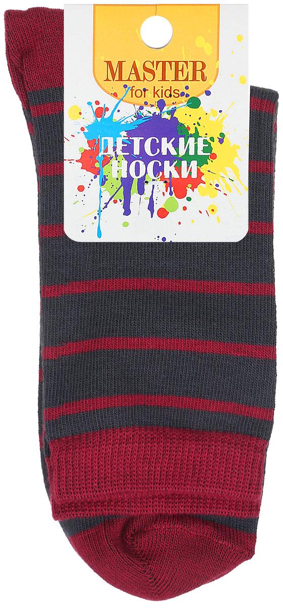 Носки детские Master Socks, цвет: темно-серый. 52015. Размер 1852015Мягкие детские носки Master Socks изготовлены из эластичного хлопка и полиамида. Ткань очень приятная на ощупь, хорошо тянется, не деформируясь. Эластичная резинка мягко облегает ножку ребенка, обеспечивая удобство и комфорт. Модель оформлена принтом в полоску. Удобные и прочные носочки станут отличным дополнением к детскому гардеробу!Уважаемые клиенты!Размер, доступный для заказа, является длиной стопы.