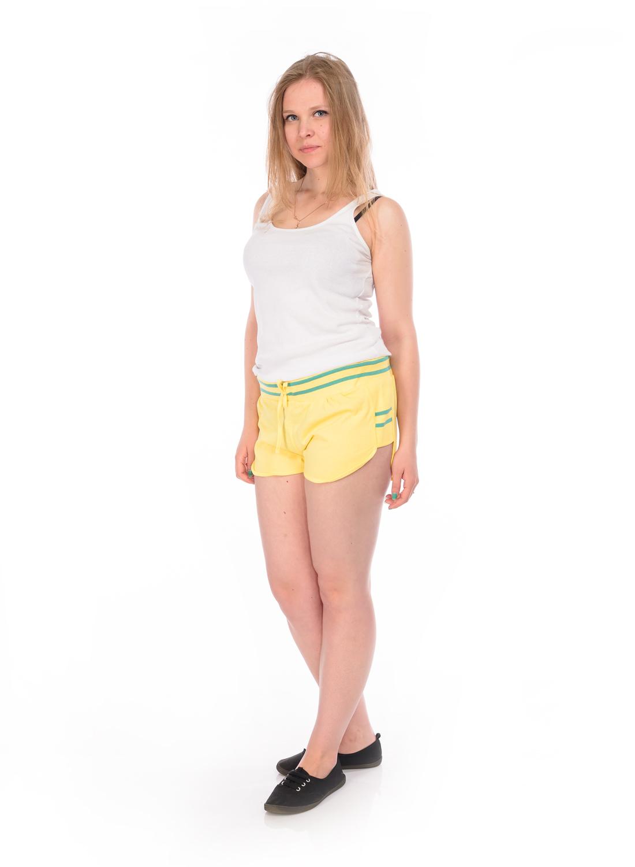 Шорты женские RAV, цвет: желтый. RAV04-004. Размер L (48)RAV04-004Стильные женские шорты RAV изготовлены из натурального хлопка.Шорты стандартной посадки имеют эластичный пояс, дополненный шнурком. По бокам модель дополнена трикотажными вставками.