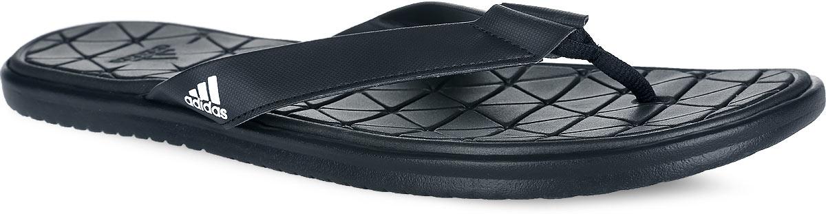 Сланцы мужские adidas Caverock Supercloud, цвет: черный. S31679. Размер 11 (44,5)S31679Стильные сланцы от adidas Caverock Supercloud - отличный выбор для летнего отдыха. Ремешки модели выполнены из искусственной кожи и оформлены сбоку фирменным принтом, перемычка из текстиля. Быстросохнущая верхняя поверхность подошвы с технологией Supercloud, изготовленная из ЭВА материала, гарантирует прекрасную амортизацию и максимальный комфорт стоп. Рифление на верхней поверхности подошвы предотвращает выскальзывание ноги. Рельефное основание подошвы обеспечивает уверенное сцепление с любой поверхностью. Удобные сланцы прекрасно подойдут для похода в бассейн или на пляж.