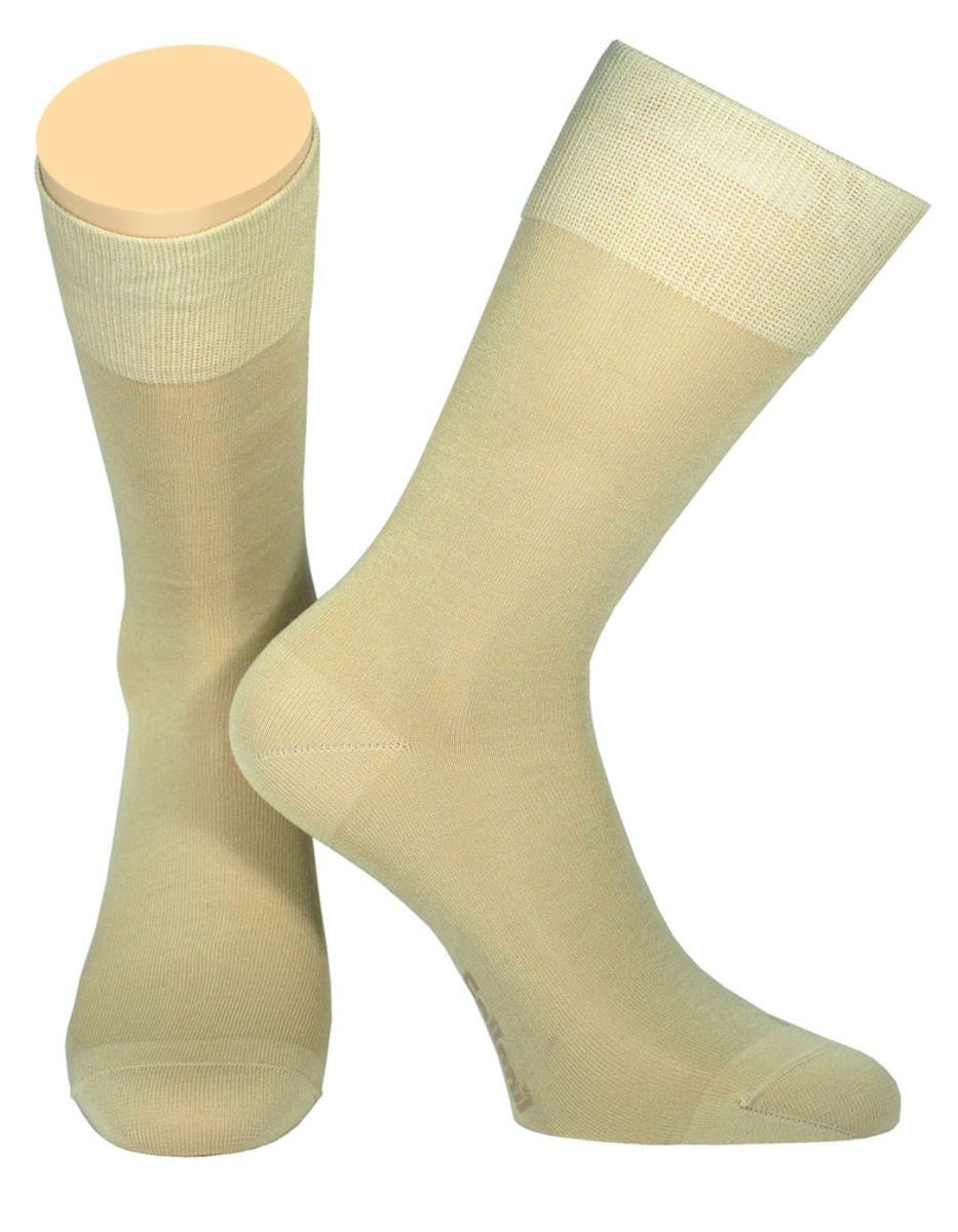 Носки мужские Collonil, цвет: бежевый. 2-19/04. Размер 44-462-19/04Мужские носки Collonil изготовлены из мерсеризованного хлопка с добавлением тактеля.Носки с удлиненным паголенком. Широкая резинка не сдавливает и комфортно облегает ногу.