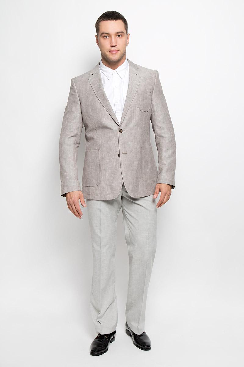 Пиджак мужской BTC, цвет: светло-серый. 00-00006861_12.013448. Размер 54-18800-00006861_12.013448Классический мужской пиджак BTC изготовлен из высококачественного материала, приятного на ощупь и обеспечивающего комфорт и удобство при носке. Подкладка изделия выполнена из вискозы. Пиджак с длинными рукавами и воротником с лацканами. Модель дополнена небольшим накладным карманом на груди и двумя большими накладными карманами в нижней части изделия. Внутри находятся три прорезных кармана, один из которых застегивается на пуговицу. Низ рукавов декорирован пришитыми пуговицами. На спинке предусмотрены две шлицы, расположенные в рельефных швах.Этот модный пиджак станет отличным дополнением к вашему гардеробу.
