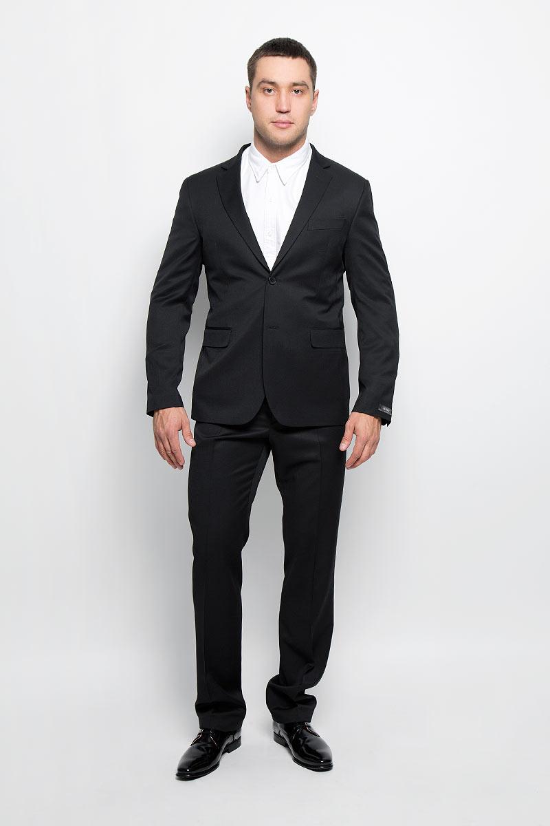 Пиджак мужской BTC Slim, цвет: черный. 12.013977. Размер 50-17612.013977Стильный мужской пиджак BTC Slim изготовлен из высококачественного материала, обеспечивающего комфорт и удобство при носке. Ткань тактильно приятная, хорошо пропускает воздух. Подкладка изделия выполнена из полиэстера.Приталенный пиджак с длинными рукавами и отложным воротником с лацканами застегивается на две пуговицы. Модель оснащена прорезным карманом на груди и двумя прорезными карманами с клапанами в нижней части изделия. Внутри расположены три прорезных кармана, один из которых застегивается на пуговицу. На спинке предусмотрена центральная шлица. Низ рукавов декорирован пуговицами.Лаконичный дизайн и совершенство стиля подчеркнут вашу индивидуальность!