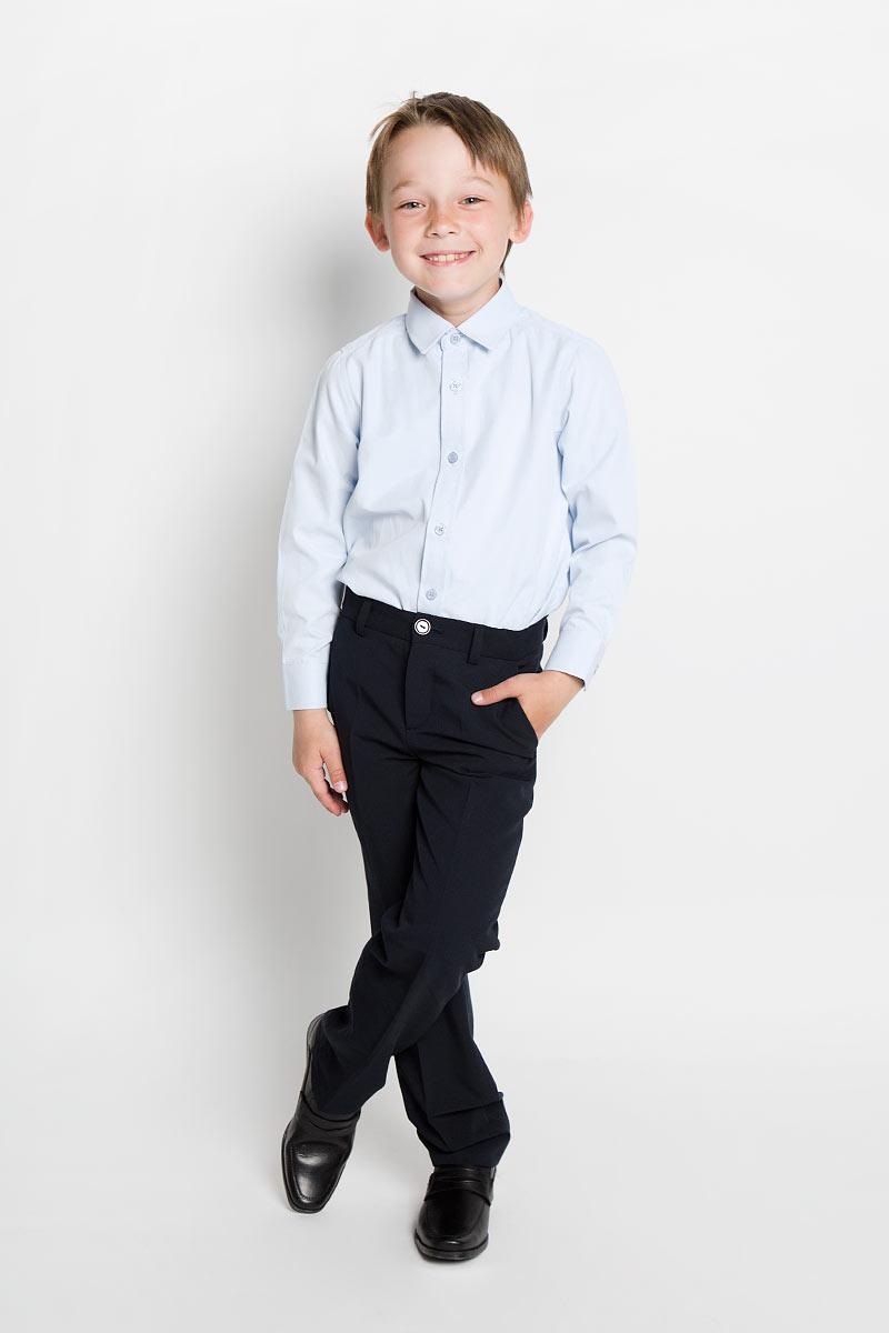 Рубашка для мальчика Scool, цвет: голубой. 363034. Размер 122, 7 лет363034Рубашка для мальчика Scool, выполненная из хлопка и полиэстера, отлично сочетается как с джинсами, так и с классическими брюками. Материал изделия мягкий и тактильно приятный, не сковывает движения и обладает высокими дышащими свойствами.Рубашка с длинными рукавами и отложным воротником застегивается спереди на пуговицы по всей длине. Модель имеет прямой силуэт. На манжетах также предусмотрены застежки-пуговицы.Современный дизайн и высокое качество исполнения принесут удовольствие от покупки и подарят отличное настроение!