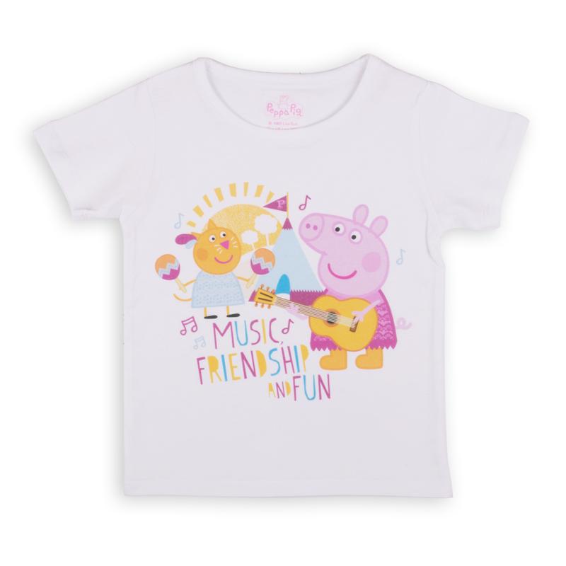 Футболка для девочки Free Age Peppa Pig, цвет: белый. ZG 02491-W1. Размер 104, 4-5 летZG 02491-W1Удобная и комфортная в носке футболка с коротким рукавом с изображением мультипликационного героя Свинки Пеппы станет отличным дополнением к повседневному гардеробу девочки.