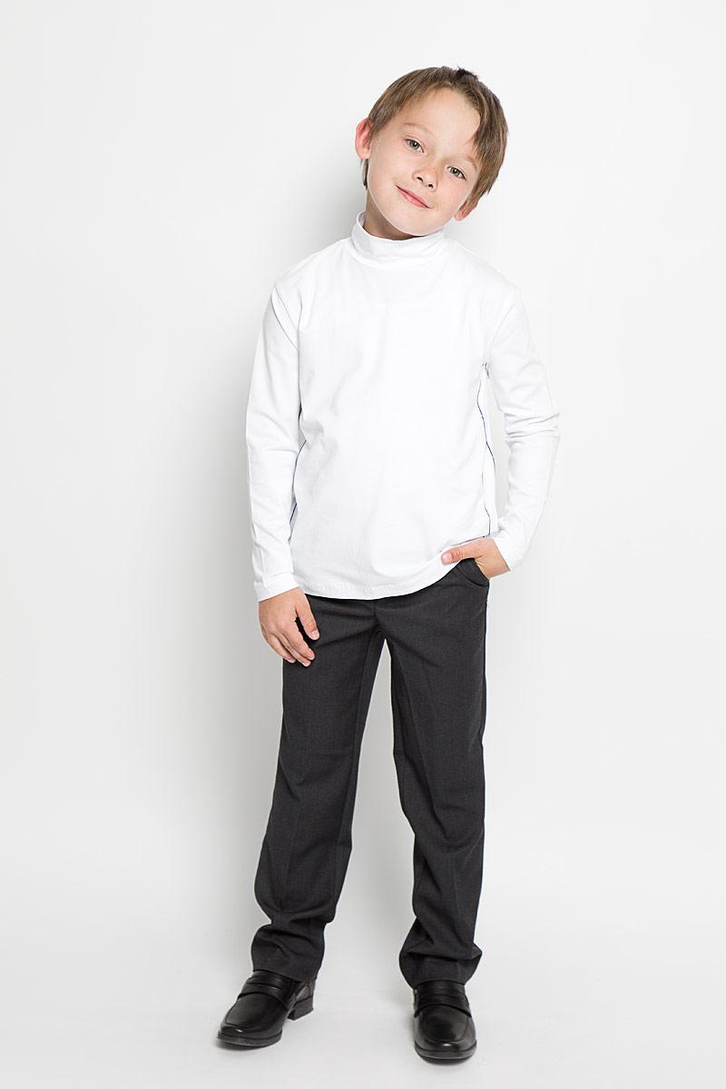 ВодолазкаAW15BS313A-1/AW15BS313B-1Практичная водолазка для мальчика Nota Bene идеально подойдет вашему ребенку, как для школы, так и для повседневной носки. Изготовленная из хлопка с добавлением эластана, она мягкая и приятная на ощупь, не сковывает движения и позволяет коже дышать, не раздражает даже самую нежную и чувствительную кожу ребенка, обеспечивая ему наибольший комфорт. Классическая однотонная модель с длинными рукавами дополнена воротником-стойкой и оформлена контрастной отстрочкой. В такой водолазке вашему юному мужчине будет удобно и комфортно.