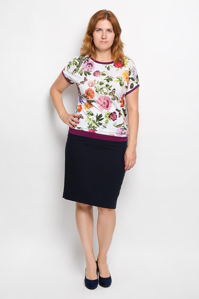 Блузка женская Milana Style, цвет: белый, фиолетовый, зеленый. 924м. Размер XL (50)924мЖенская блузка Milana Style займет достойное место в вашем гардеробе. Модель выполнена из полиэстера с добавлением вискозы и лайкры. Материал мягкий, тактильно приятный, не сковывает движения и хорошо вентилируется.Блузка с круглым вырезом горловины и короткими рукавами оформлена цветочным принтом. Вырез горловины, края рукавов и низ изделия дополнены вставками контрастного цвета.Замечательная женская блузка Milana Style подчеркнет ваш уникальный стиль и поможет создать оригинальный женственный образ!
