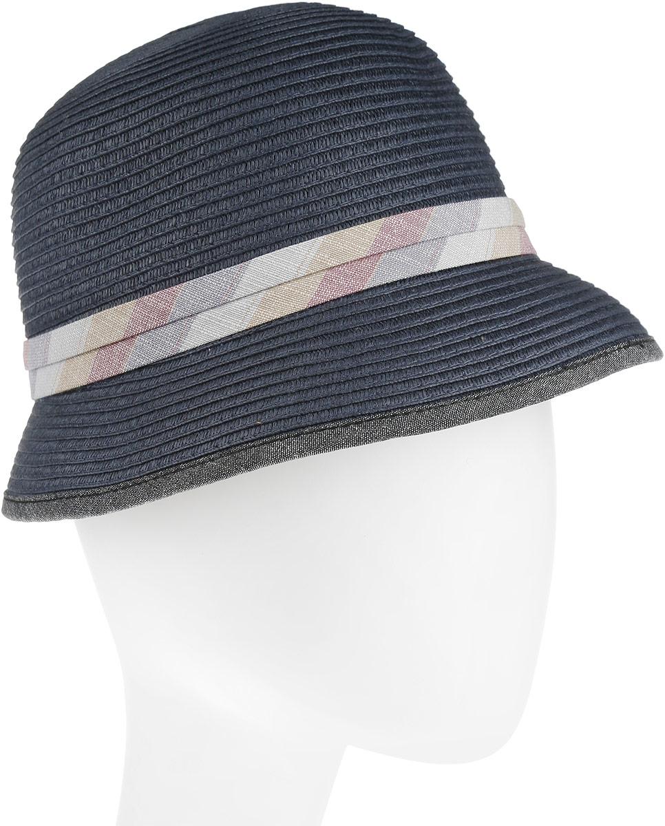 Шляпа женская Goorin Brothers, цвет: темно-синий. 90-024-16. Размер M (57)90-024-16Плетеная шляпа Goorin Brothers станет незаменимым аксессуаром для пляжа и отдыха на природе. Такая шляпка не только защитит вас от солнца, но и станет стильным дополнением вашего образа.Шляпа оформлена небольшим металлическим логотипом фирмы и тонкой лентой с бантом. Плетение шляпы обеспечивает необходимую вентиляцию и комфорт даже в самый знойный день. Шляпа легко восстанавливает свою форму после сжатия.Эта элегантная легкая шляпка подчеркнет вашу неповторимость и дополнит ваш повседневный образ.