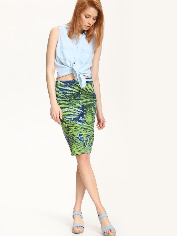 ЮбкаSSD0974NIСтильная юбка Top Secret, изготовленная из сочетания высококачественных материалов, не сковывает движения и обеспечивает удобство при носке. Модель-карандаш с застежкой-молнией сбоку имеет широкий пояс на резинке. Юбка оформлена оригинальным контрастным принтом.