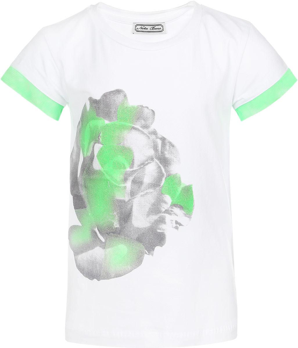 Футболка для девочки Nota Bene, цвет: белый, зеленый. SS162G285-1. Размер 140SS162G285-1Удобная и практичная футболка для девочки Nota Bene идеально подойдет вашей малышке. Изготовленная из эластичного хлопка, она невероятно мягкая и приятная на ощупь, великолепно тянется и превосходно пропускает воздух, благодаря чему идеально подойдет для активных игр и повседневной носки. Футболка с короткими рукавами и круглым вырезом горловины украшена контрастной окантовкой на рукавах из микросетки. Модель декорирована принтом с изображением розы и блестящим напылением. Оригинальный современный дизайн и модная расцветка делают эту футболку модным и стильным предметом детского гардероба. В ней ваша маленькая модница будет чувствовать себя уютно и комфортно, и всегда будет в центре внимания!