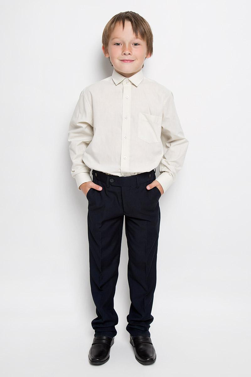 РубашкаCloud Cover XКлассическая рубашка для мальчика Tsarevich отлично сочетается как с джинсами, так и с брюками. Она выполнена из хлопка с добавлением полиэстера. Материал изделия легкий, мягкий и приятный на ощупь, не сковывает движения и позволяет коже дышать. Рубашка прямого кроя с длинными рукавами и отложным воротником застегивается на пуговицы по всей длине. Манжеты рукавов также имеют застежки-пуговицы. На груди расположен накладной карман. Такая рубашка займет достойное место в детском гардеробе!