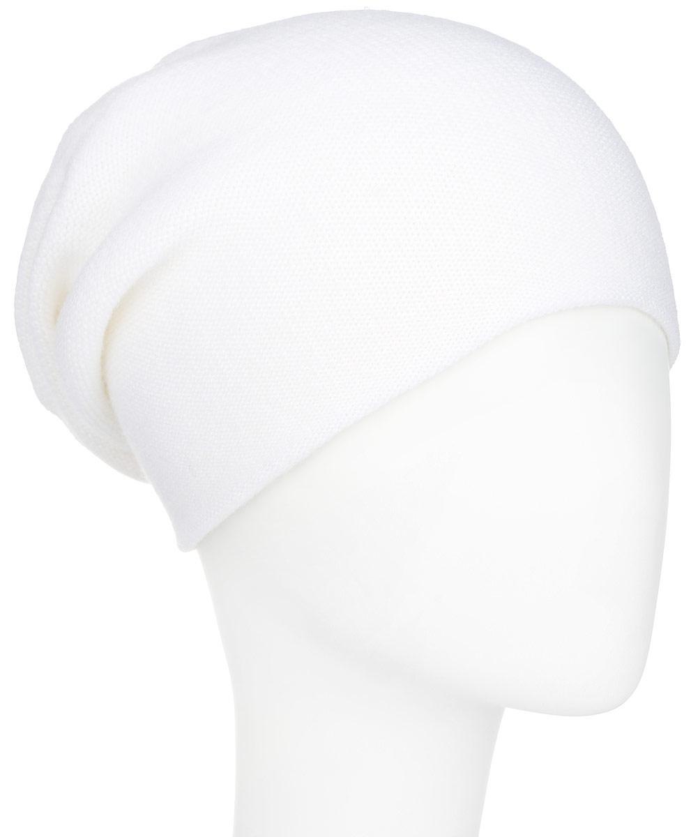 ШапкаA16-11160_211Стильная женская шапка Finn Flare дополнит ваш наряд и не позволит вам замерзнуть в холодное время года. Шапка выполнена из высококачественной пряжи, что позволяет ей великолепно сохранять тепло и обеспечивает высокую эластичность и удобство посадки. Модель с удлиненной макушкой дополнена отверстием для хвоста и оформлена металлической эмблемой с логотипом производителя. Такая шапка станет модным и стильным дополнением вашего гардероба. Она согреет вас и позволит подчеркнуть свою индивидуальность!