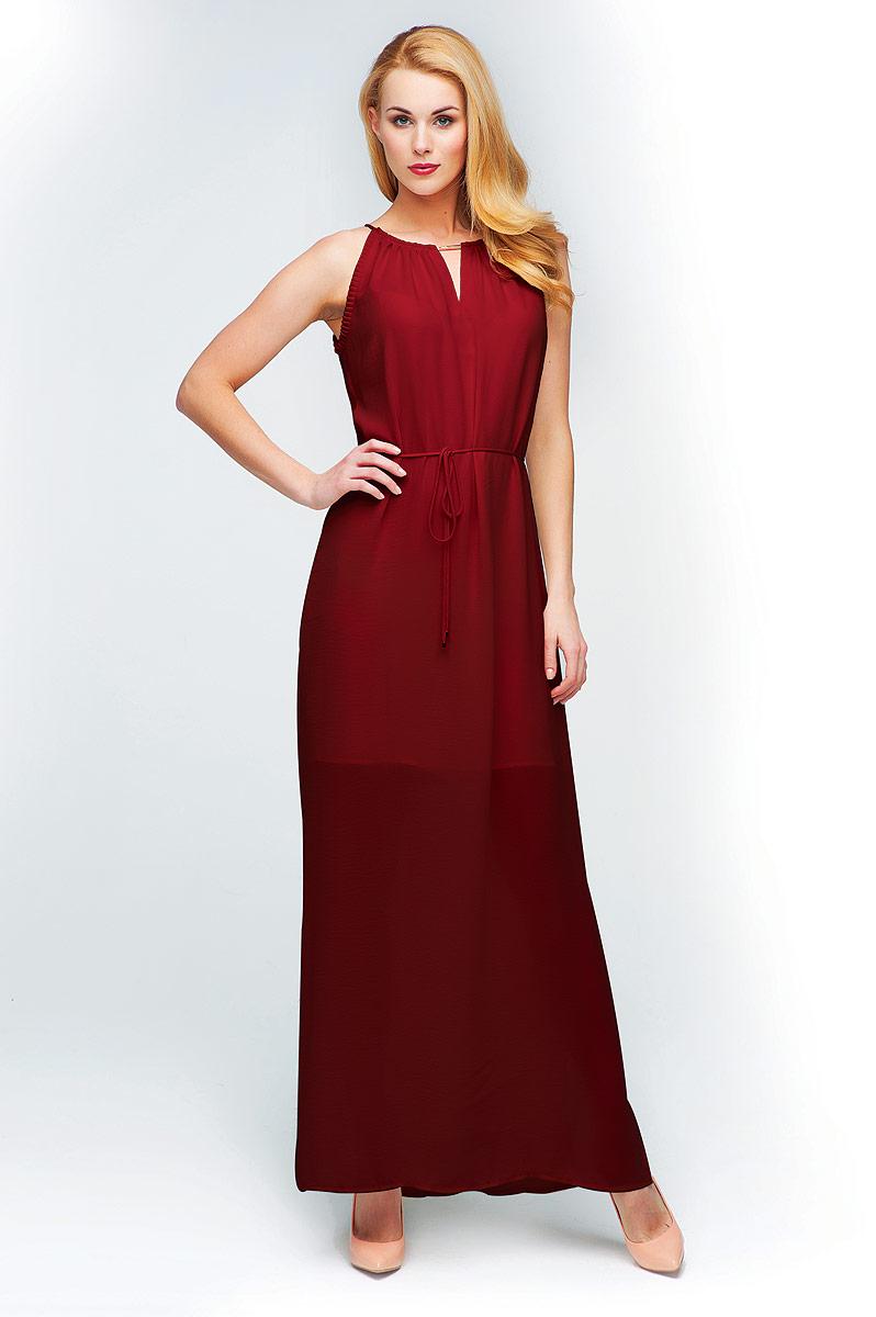 ПлатьеD15-517Элегантное макси-платье без рукавов, на тонких изящных бретелях. Силуэт платья дополняется тонким пояском.