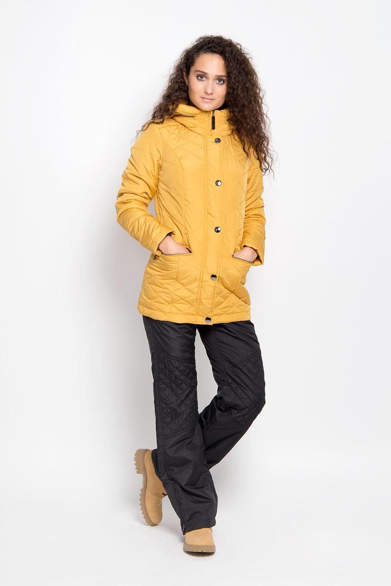 Куртка женская Finn Flare, цвет: горчичный. A16-12010_421. Размер M (46)A16-12010_421Удобная женская куртка Finn Flare согреет вас в прохладную погоду и позволит выделиться из толпы. Удлиненная модель с длинными рукавами и высоким воротником-стойкой выполнена из прочного полиэстера, застегивается на молнию спереди и имеет ветрозащитный клапан на кнопках. Куртка имеет несъемный капюшон, складывающийся в специальный карман на застежке-молнии на воротнике. Объем капюшона регулируется при помощи шнурка-кулиски со стопперами.Изделие оформлено оригинальным стеганым узором и дополнено двумя втачными карманами на молниях спереди. Плотный наполнитель из синтепона надежно сохранит тепло, благодаря чему такая куртка защитит вас от ветра и холода. Эта модная и в то же время комфортная куртка - отличный вариант для прогулок, она подчеркнет ваш изысканный вкус и поможет создать неповторимый образ.