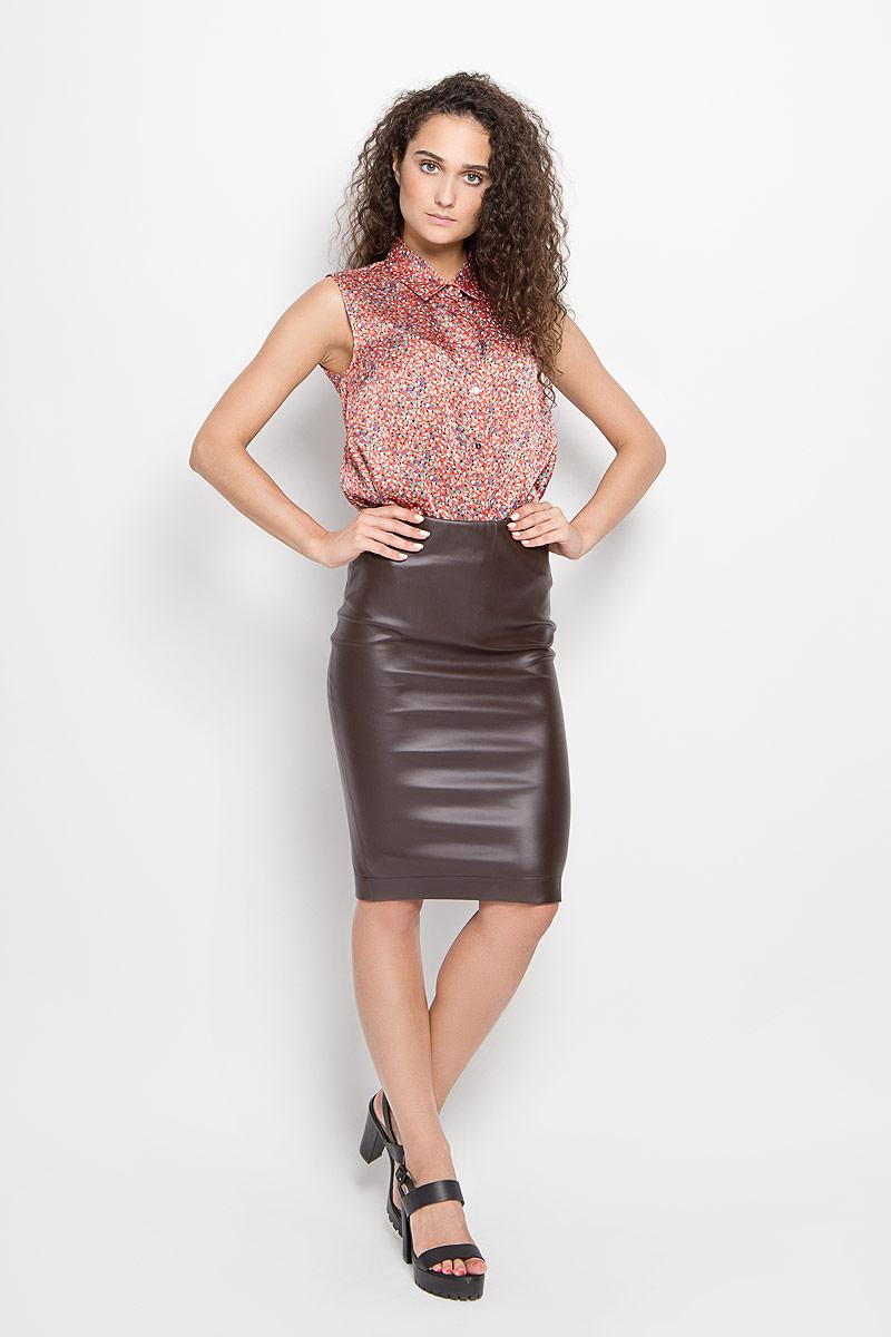 Юбка Ruxara, цвет: темно-коричневый. 2400141_49. Размер 482400141_49Стильная юбка-миди Ruxara, выполненная эластичной искусственной кожи, поможет создать отличный современный образ в стиле Casual. Модель слегка зауженного к низу кроя по талии дополнена широкой резинкой. В среднем шве юбки расположен разрез с потайной застежкой-молнией за счет которой можно регулировать его длину.Такая юбка станет отличным дополнением к вашему гардеробу.
