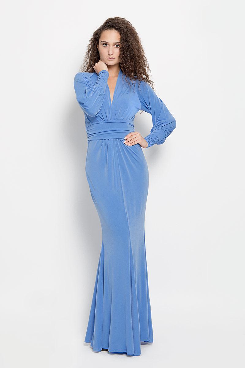 Платье Ruxara, цвет: синий. 106100_27. Размер 48106100_27Стильное платье-макси Ruxara, выполненное из высококачественного комбинированного материала, поможет создать отличный современный образ.Модель приталенного силуэта с глубоким V-образным вырезом горловины и длинными рукавами-реглан. Низ рукавов дополнен широкими манжетами, которые собраны на резинку. Изделие по талии оформлено широким поясом со сборкой.Такое платье поможет создать яркий и привлекательный образ, в нем вам будет удобно и комфортно.