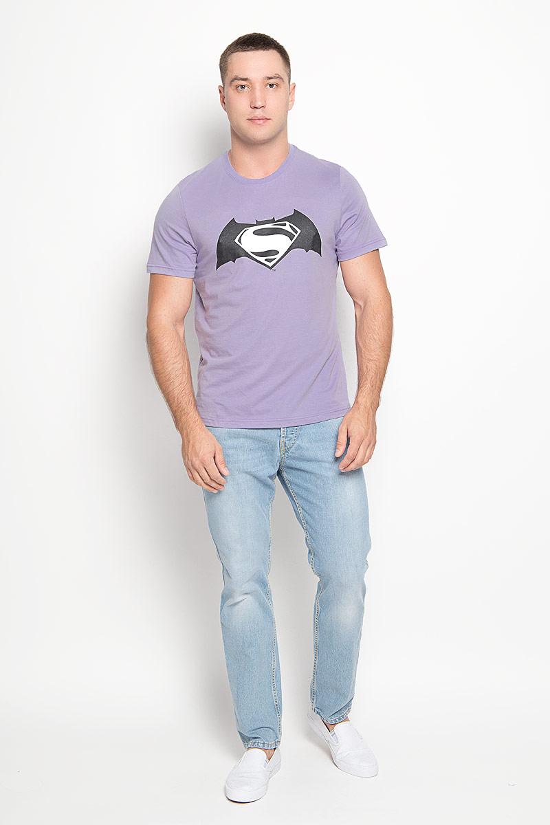 Футболка42906Оригинальная мужская футболка RHS Superman, выполненная из высококачественного хлопка, обладает высокой теплопроводностью, воздухопроницаемостью и гигроскопичностью, позволяет коже дышать. Модель с короткими рукавами и круглым вырезом горловины, оформлена принтом спереди на тему легендарного комикса Batman. Горловина дополнена эластичной трикотажной резинкой. Идеальный вариант для тех, кто ценит комфорт и качество.