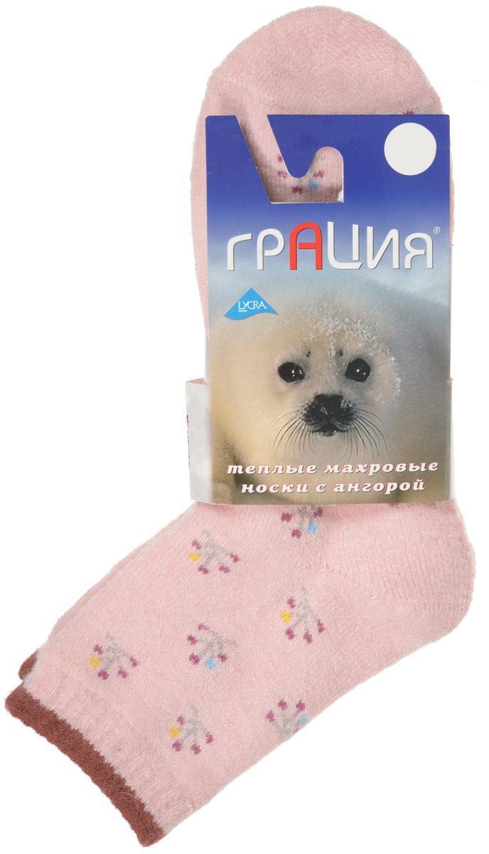 НоскиМ 1107Теплые женские носки Грация, изготовленные из высококачественного комбинированного материала, очень мягкие и приятные на ощупь, позволяют коже дышать. Эластичная резинка плотно облегает ногу, не сдавливая ее, обеспечивая комфорт и удобство. Махровые носки имеют паголенок стандартной длинны и оформлены оригинальным орнаментом. Удобные и комфортные носки великолепно подойдут к любой вашей обуви.
