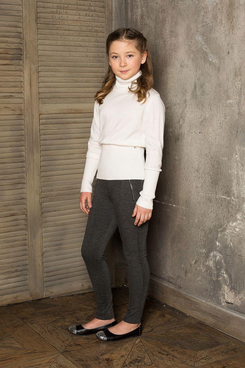 Водолазка для девочки Luminoso, цвет: молочный. 207. Размер 164207Вязаная водолазка для девочки Luminoso выполнена из мягкой пряжи с воротником-гольф и длинными рукавами.