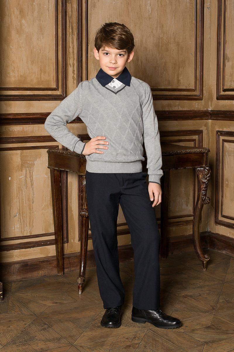 Пуловер206612Стильный классический вязаный пуловер Luminoso с V-образным вырезом горловины и с рельефным рисунком на полочке. Манжеты и низ изделия связаны эластичной резинкой.
