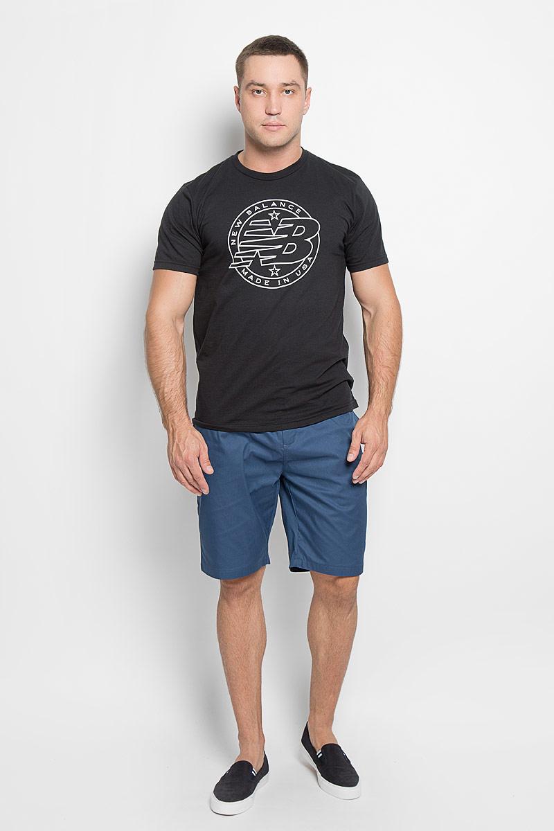 Футболка мужская New Balance Emblem Tee, цвет: черный. MT63519/BK. Размер M (46/48)MT63519/BKМужская футболка New Balance Emblem Tee, выполненная из хлопка и полиэстера, идеально подойдет для активного отдыха, прогулок или занятий спортом. Ткань тактильно приятная, обеспечивает идеальную посадку по фигуре, не сковывает движения и хорошо вентилируется. Футболка с короткими рукавами и круглым вырезом горловины имеет прямой силуэт. Вырез горловины дополнен трикотажной резинкой. Изделие оформлено логотипом New Balance.Такая модель будет дарить вам комфорт в течение всего дня и станет отличным дополнением к вашему гардеробу!