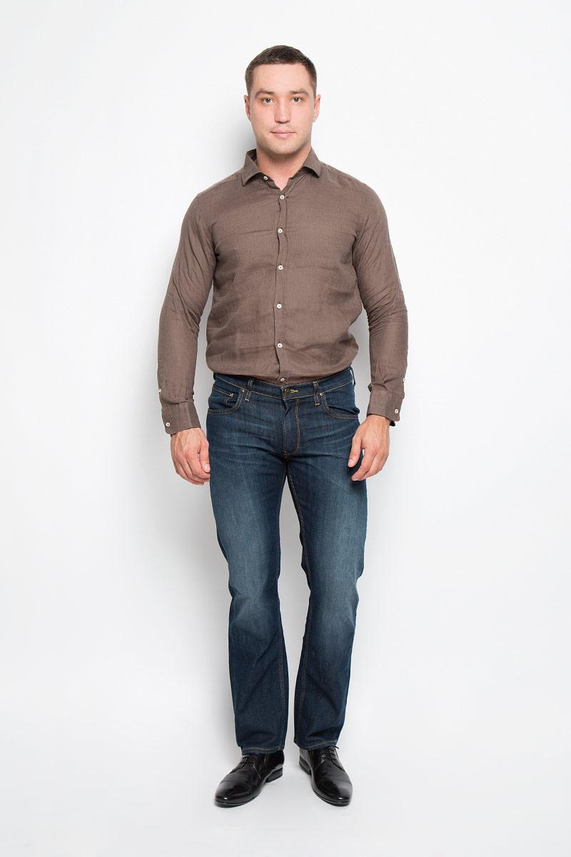 Рубашка136T621S_9589Мужская рубашка And Camicie выполнена из льна. Материал изделия легкий, тактильно приятный, не сковывает движения и хорошо пропускает воздух. Рубашка с отложным воротником и длинными рукавами застегивается спереди на пуговицы по всей длине. На манжетах также предусмотрены застежки-пуговицы. Такая рубашка будет дарить вам комфорт в течение всего дня и станет стильным дополнением к вашему гардеробу.
