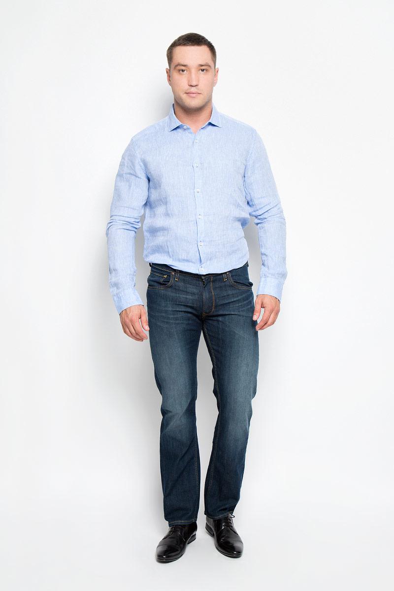 Рубашка001T620S_020Стильная мужская рубашка And Camicie, выполненная из натурального льна подчеркнет ваш уникальный стиль и поможет создать оригинальный образ. Такой материал великолепно пропускает воздух, обеспечивая необходимую вентиляцию, а также обладает высокой гигроскопичностью. Рубашка с длинными рукавами и отложным воротником застегивается на пуговицы спереди. Манжеты рукавов также застегиваются на пуговицы. Классическая рубашка - превосходный вариант для базового мужского гардероба и отличное решение на каждый день. Такая рубашка будет дарить вам комфорт в течение всего дня и послужит замечательным дополнением к вашему гардеробу.
