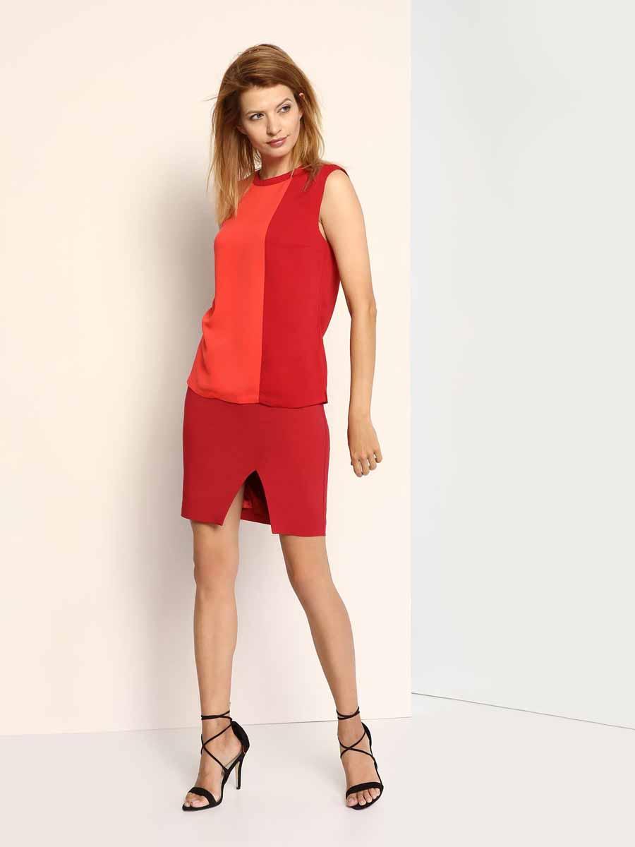 Блузка женская Top Secret, цвет: красный, бордовый. SBW0267CE. Размер 38 (44)SBW0267CEСтильная женская блузка, выполненная из 100% полиэстера, на спинке застегивается на металлическую пуговицу. Модель с круглым вырезом горловины и без рукавов по бокам дополнена небольшими декоративными разрезами.