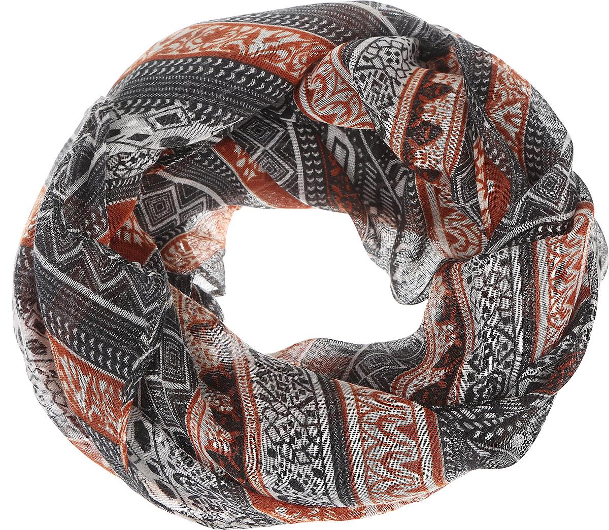 ШарфB321_Dark Ochre-BlackМодный женский шарф Baon подарит вам уют и станет стильным аксессуаром, который призван подчеркнуть вашу индивидуальность и женственность. Легкий шарф выполнен из вискозы с добавлением шелка, он невероятно мягкий и приятный на ощупь. Шарф оформлен этническим орнаментом. Этот модный аксессуар гармонично дополнит образ современной женщины, следящей за своим имиджем и стремящейся всегда оставаться стильной и элегантной. Такой шарф украсит любой наряд и согреет вас в непогоду, с ним вы всегда будете выглядеть изысканно и оригинально.