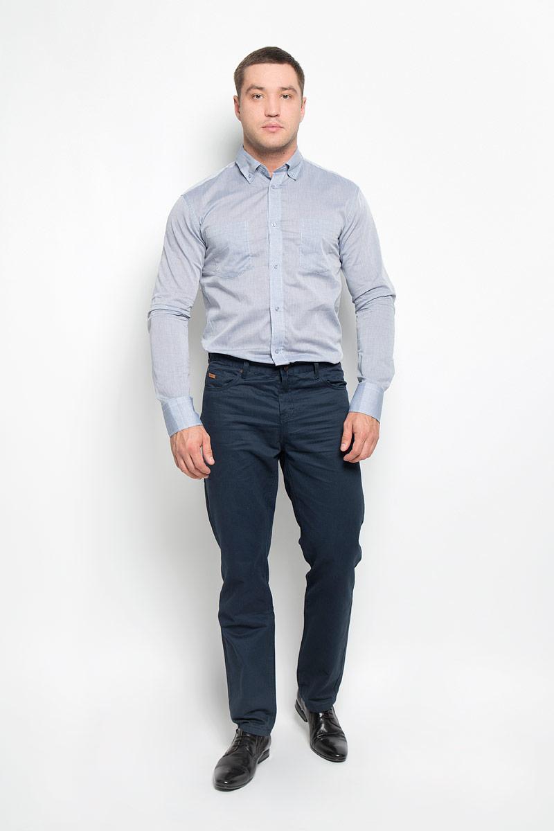 Рубашка мужская BTC, цвет: серо-голубой. 12.015092. Размер 52-18212.015092Мужская рубашка BTC изготовлена из натурального хлопка. Ткань изделия тонкая и легкая, тактильно приятная, не сковывает движения и позволяет коже дышать. Рубашка с отложным воротником и длинными рукавами застегивается спереди на пуговицы по всей длине. Модель имеет прямой силуэт. На манжетах предусмотрены застежки-пуговицы. На груди расположены два накладных кармана. Рубашка будет дарить вам комфорт в течение всего дня и станет стильным дополнением к вашему гардеробу!