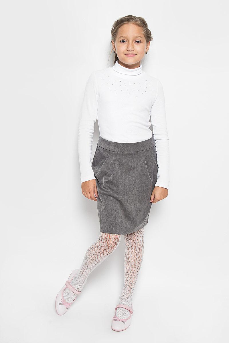 Юбка64417_OLGСтильная юбка для девочки Orby School идеально подойдет для школы и повседневной носки. Изготовленная из полиэстера и вискозы с добавлением эластана, она необычайно мягкая и приятная на ощупь, не сковывает движения и позволяет коже дышать, не раздражает даже самую нежную и чувствительную кожу ребенка, обеспечивая наибольший комфорт. Материал не скатывается и легко гладиться. Юбка-миди застегивается сзади на потайную застежку-молнию и имеет в поясе скрытую эластичную резинку на пуговицах, с помощью которой можно изделие подгонять по фигуре. Спереди модель дополнена оригинальными складками, а сзади небольшой шлицей. Такая юбка станет отличным дополнением к гардеробу вашей девочки. В ней она всегда будет чувствовать себя уверенно и удобно.