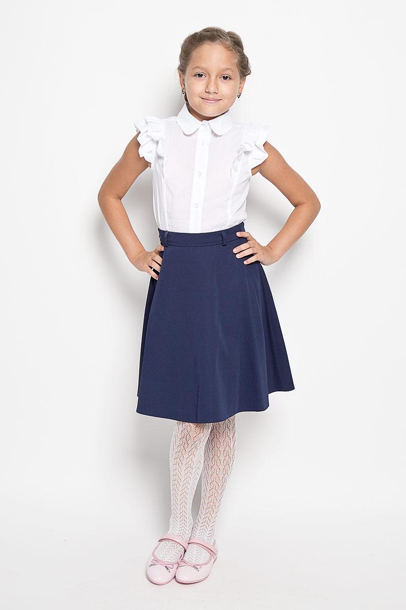БлузкаCWR26013B/CWR26013AОчаровательная блуза Nota Bene идеально подойдет вашей дочурке. Изготовленная из хлопка и полиэстера с добавлением лайкры, она приятная на ощупь, не сковывает движения ребенка и позволяет коже дышать, не раздражает даже самую нежную и чувствительную кожу ребенка, обеспечивая наибольший комфорт. Блузка приталенного кроя без рукавов и с отложным воротником застегивается на шесть пластиковых пуговиц. Блузка и проймы рукавов оформлены рюшками. Такая блузка послужит замечательным дополнением к гардеробу вашей дочурки. В ней ваша девочка будет чувствовать себя уютно и комфортно, и всегда будет в центре внимания!