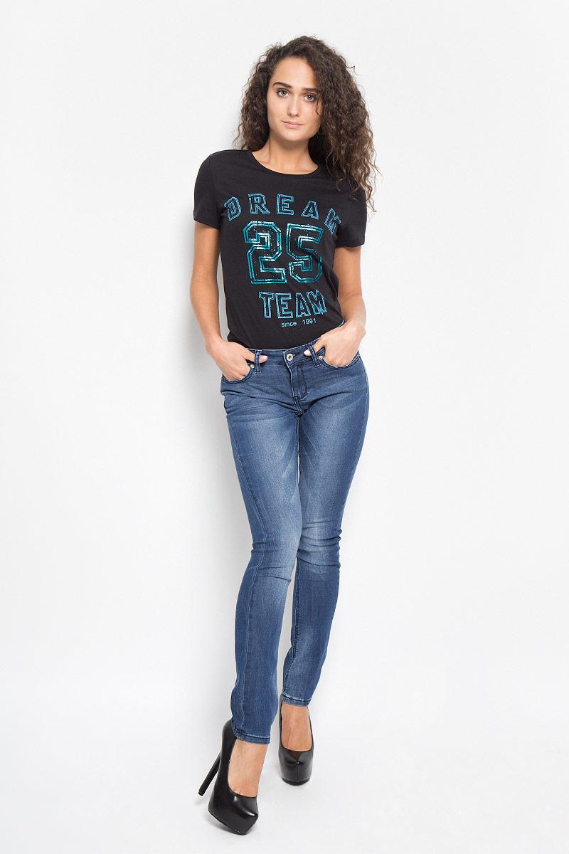 Джинсы женские Sela Denim, цвет: синий. PJ-135/580-6352. Размер 26-32 (42-32)PJ-135/580-6352Стильные женские джинсы Sela Denim, выполненные из хлопка и полиэстера с добавлением вискозы и эластана, позволят вам создать неповторимый, запоминающийся образ. Джинсы-скинни со средней посадкой застегиваются на пуговицу в поясе и ширинку на застежке-молнии. Модель имеет шлевки для ремня. Джинсы имеют классический пятикарманный крой: спереди модель оформлена двумя втачными карманами и одним маленьким накладным кармашком, а сзади - двумя накладными карманами. Модель оформлена перманентными складками и эффектом потертости. Эти модные джинсы послужат отличным дополнением к вашему гардеробу. В них вы всегда будете чувствовать себя уверенно и удобно.