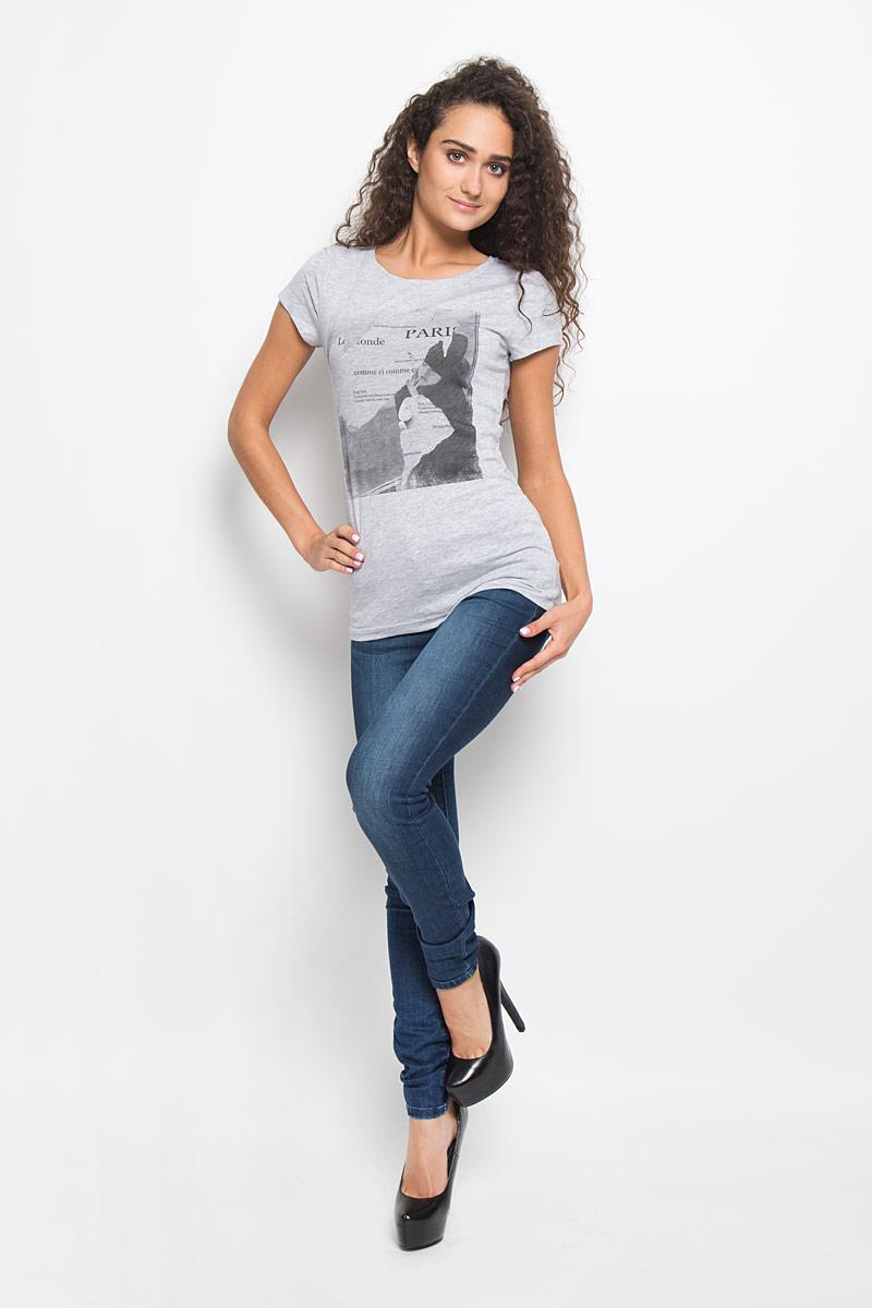Футболка1035523.00.71_2220Стильная женская футболка Tom Tailor Denim, выполненная из высококачественного мягкого хлопка, великолепно тянется, обладает высокой теплопроводностью, воздухопроницаемостью и гигроскопичностью, позволяет коже дышать. Классическая модель с короткими рукавами и круглым вырезом горловины - идеальный вариант для создания образа в стиле Casual. Футболка оформлена оригинальным принтом с изображением девушки и различными надписями. Такая модель будет дарить вам комфорт в течение всего дня и послужит замечательным дополнением к вашему гардеробу.