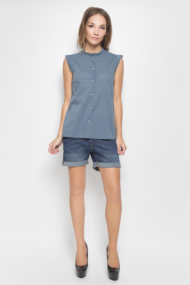 Блузка2031905.00.71_6977Стильная женская блуза Tom Tailor Denim, выполненная из натурального хлопка, мягкая и приятная на ощупь. Модель подчеркнет ваш стиль и поможет создать оригинальный женственный образ. Блузка прямого кроя с короткими рукавами-крылышками и круглым вырезом горловины застегивается на пуговицы по всей длине. Вырез горловины оформлен оборкой. Такая блузка будет дарить вам комфорт в течение всего дня и послужит замечательным дополнением к вашему гардеробу.