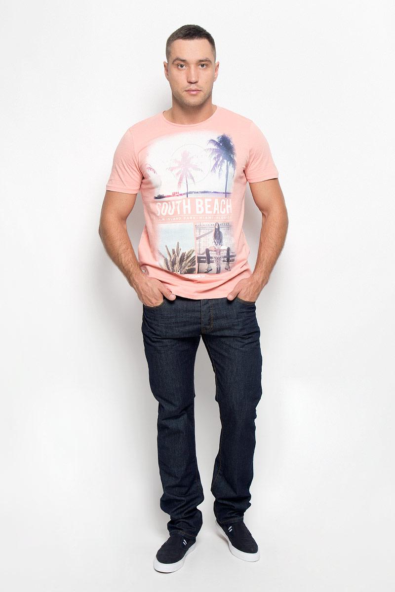 Джинсы мужские Baon, цвет: черно-синий. B806511_DARK NAVY DENIM. Размер 30 (48)B806511_DARK NAVY DENIMСтильные мужские джинсы Baon - джинсы высочайшего качества на каждый день, которые прекрасно сидят. Модель прямого кроя и средней посадки изготовлена из плотного хлопкового материала. Застегиваются джинсы на пуговицы, имеются шлевки для ремня. Спереди модель оформлены двумя втачными карманами и одним небольшим секретным кармашком, а сзади - двумя накладными карманами.Эти модные и в тоже время комфортные джинсы послужат отличным дополнением к вашему гардеробу. В них вы всегда будете чувствовать себя уютно и комфортно.